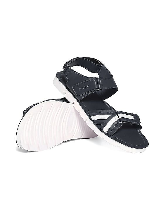 6f83adba9 Buy Men Open Toe Striped Sandals online at NNNOW.com