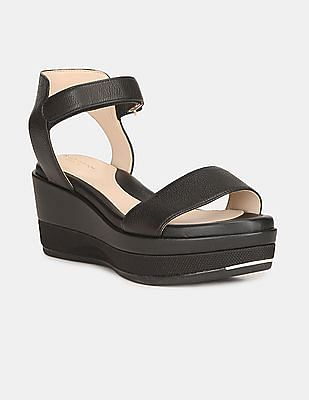 Cole Haan Women Black Grand Ambition Flatform Wedge Sandals