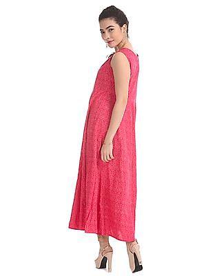 Anahi Pink Embroidered Kurta With Innerlay