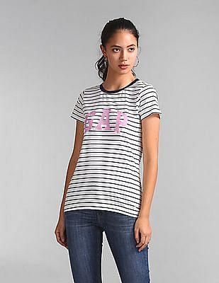 GAP Logo Short Sleeve Crewneck T-Shirt