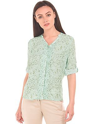 Arrow Woman Pintuck Front Abstract Print Shirt