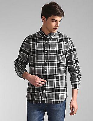 GAP Black Button Down Collar Check Shirt