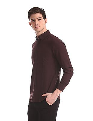 Arrow Sports Red Slim Fit Solid Shirt