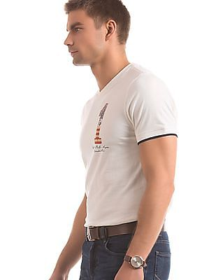 U.S. Polo Assn. Denim Co. Solid Muscle Fit T-Shirt