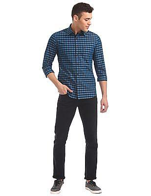 Izod Spread Collar Check Shirt