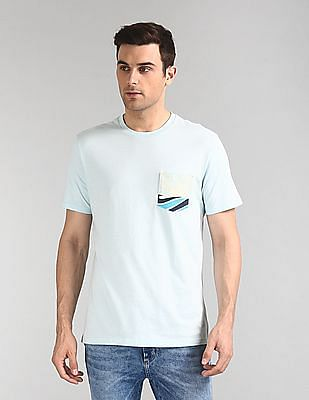 GAP Patch Pocket Crew Neck T-Shirt