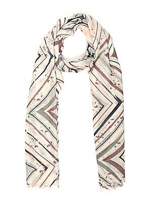 SUGR Contrast Pattern Fringed Stole