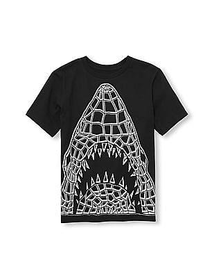 The Children's Place Boys Black Short Sleeve Glow-In-The-Dark Geometric Shark Graphic Tee