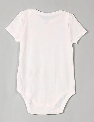 GAP Baby White Favorite Short-Sleeve Bodysuit (3-Pack)