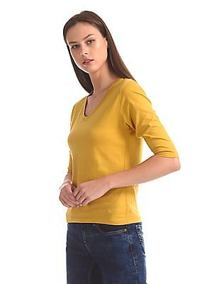 Flying Machine Women Three Quarter Sleeve V-Neck T-Shirt