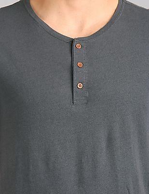 GAP Short Sleeve Henley In Linen