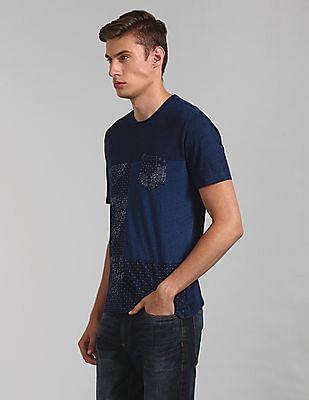 GAP Men Indigo Print Crewneck Pocket T-Shirt