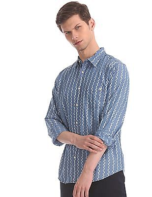 Aeropostale Blue Spread Collar Chevron Print Shirt