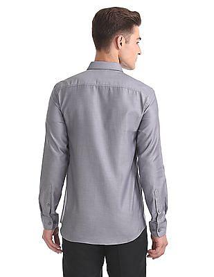 USPA Tailored Slim Fit Patterned Shirt