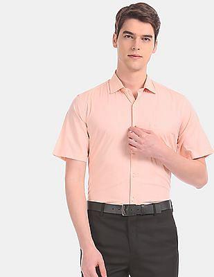 Arvind Men Orange Tailored Regular Fit Short Sleeve Formal Shirt